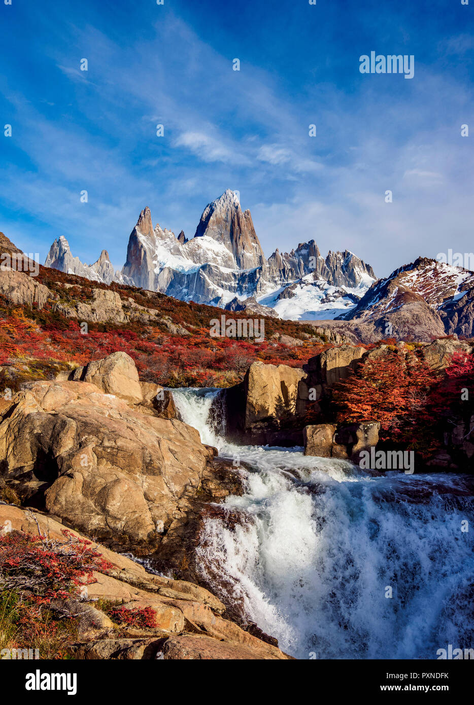 Waterfall on Arroyo del Salto and Mount Fitz Roy, Los Glaciares National Park, Santa Cruz Province, Patagonia, Argentina - Stock Image