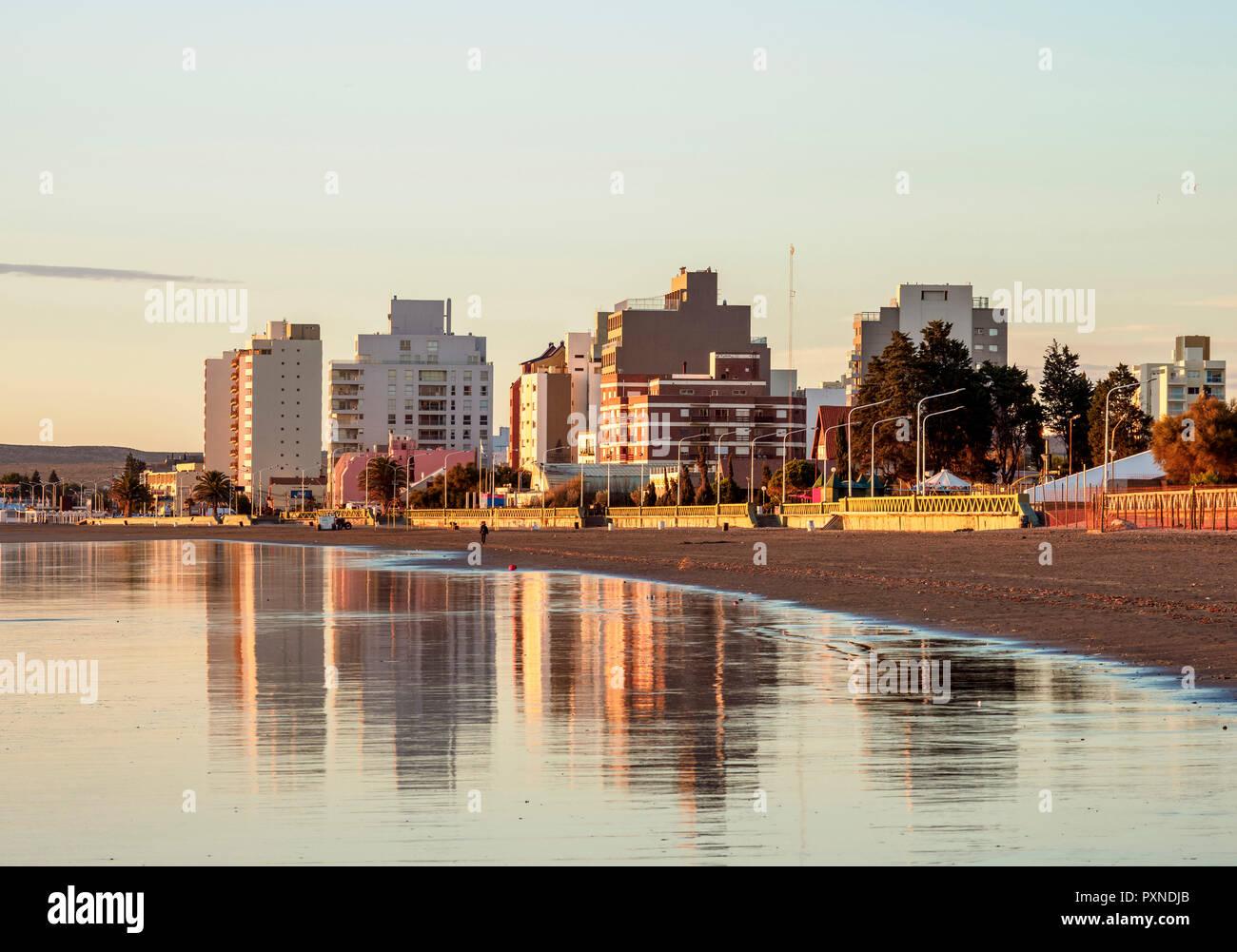 Beach in Puerto Madryn, The Welsh Settlement, Chubut Province, Patagonia, Argentina - Stock Image