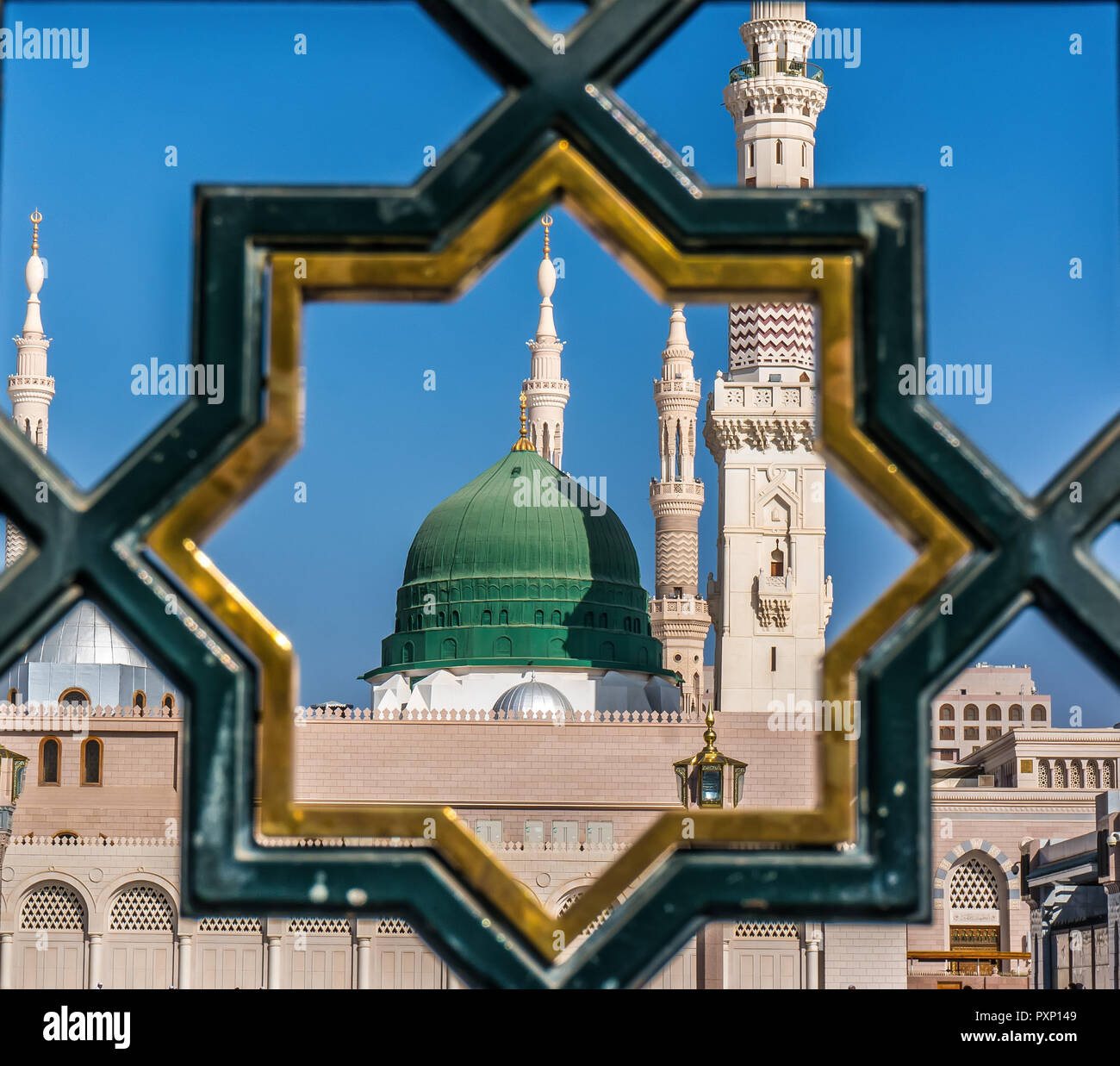 Madinah Gate Mosque High Resolution Stock Photography And Images Alamy
