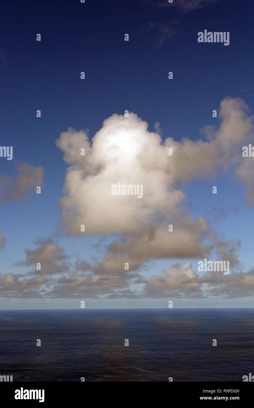 The Pacific Ocean Viewed from Waipio Bay, Big Island Hawaii, United States of America. - Stock Image