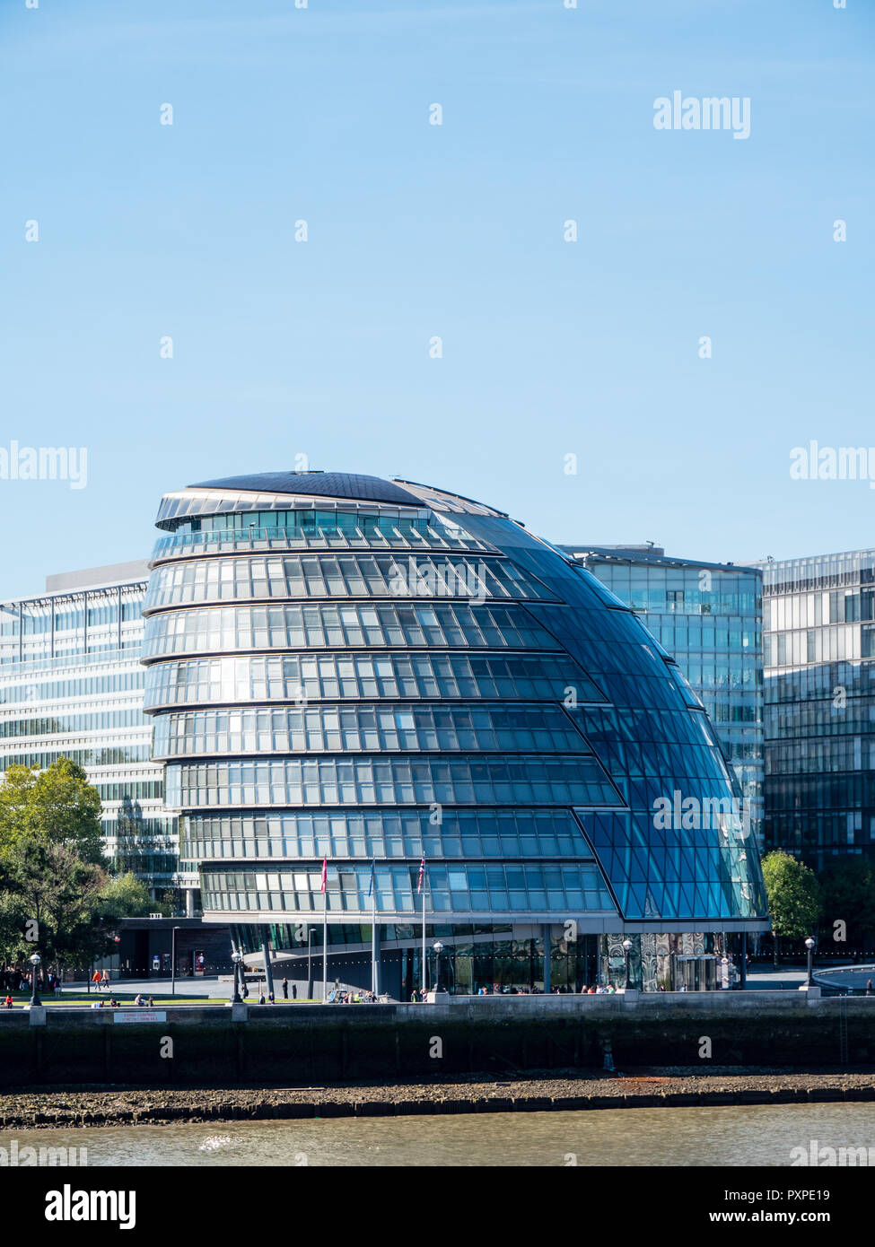 London Assembly, London City Hall, on the River Thames, South Bank, London, England, UK, GB. - Stock Image