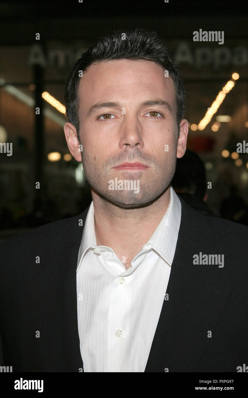 Ben Affleck  01/18/07 SMOKIN' ACES  @  Grauman's Chinese Theatre, Hollywood  photo by Jun Matusda/www.HNW / PictureLux (January 18, 2007)   File Reference # 33687_078HNWPLX - Stock Image
