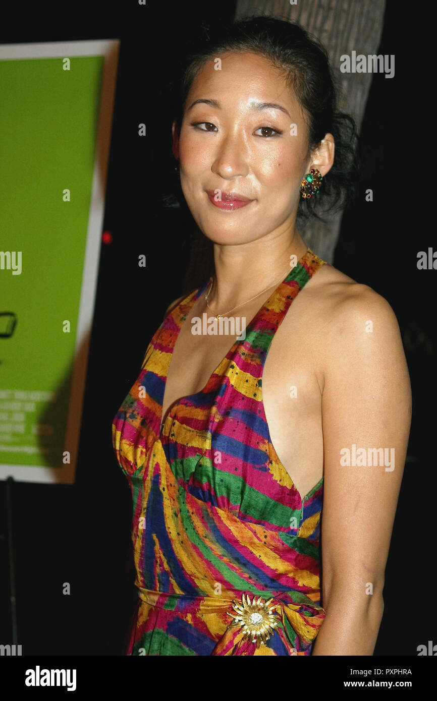 Sandra Oh  10/12/04 SIDEWAYS @ Academy of Motion Picture Arts and Sciences, Beverly Hills photo by Fukuko Kusakari/HNW / PictureLux (October 12, 2004)   File Reference # 33687_682HNWPLX - Stock Image