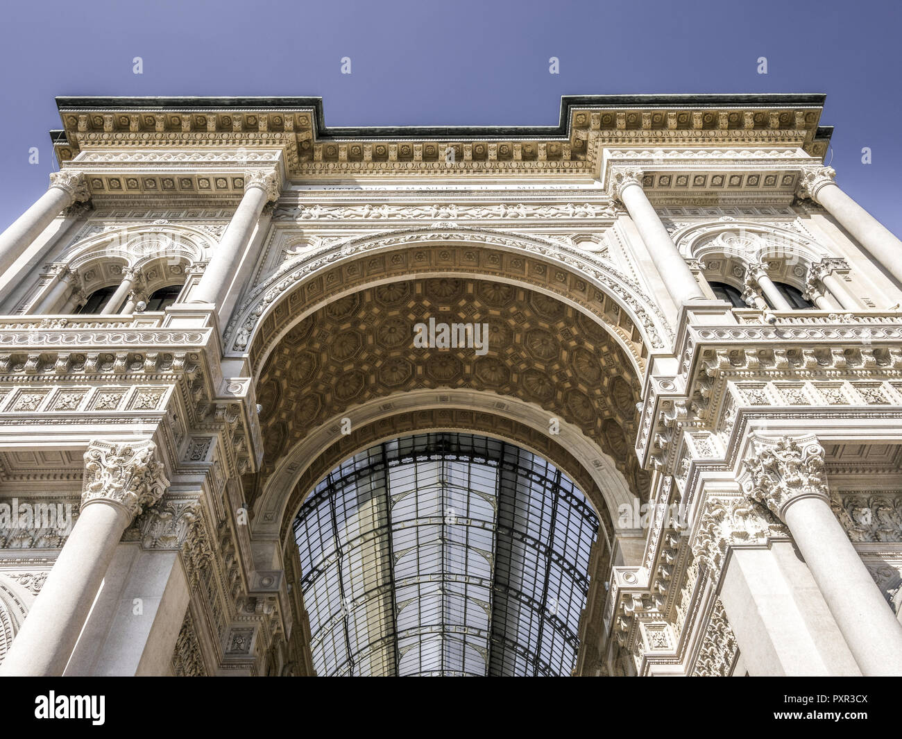 Milan Gallery High Resolution Stock Photography And Images Alamy
