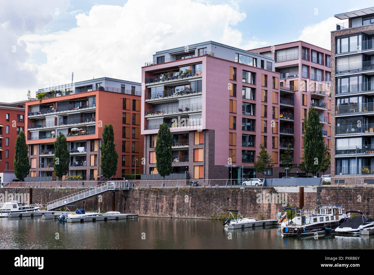 Germany, Hesse, Frankfurt, Westhafen, modern residential houses Stock Photo