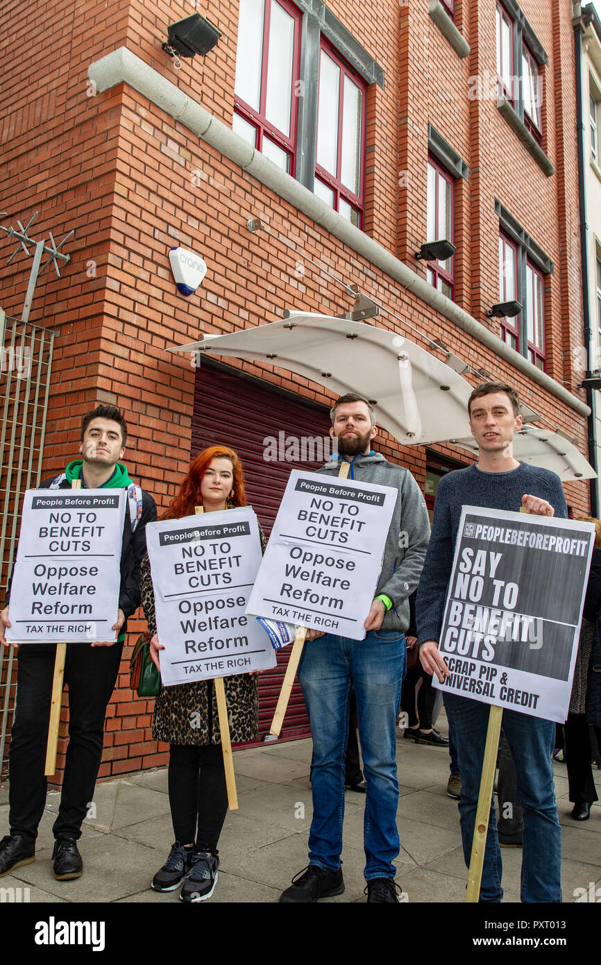 Linen Hall Street,Belfast,UK 24 October2018. Gerry Carrol, Fiona Nic Fhearghais, Matthew Collins from People Before Profit along with Members Sinn Fein and Unison Union representatives held a protest outside Capital offices in Belfast city centre against assault on most vulnerable people in society in the name of welfare 'reform'. Agnes Frazier from Tar Isteach says rights-based welfare model needed not Tory austerity. Credit: Bonzo/Alamy Live News - Stock Image