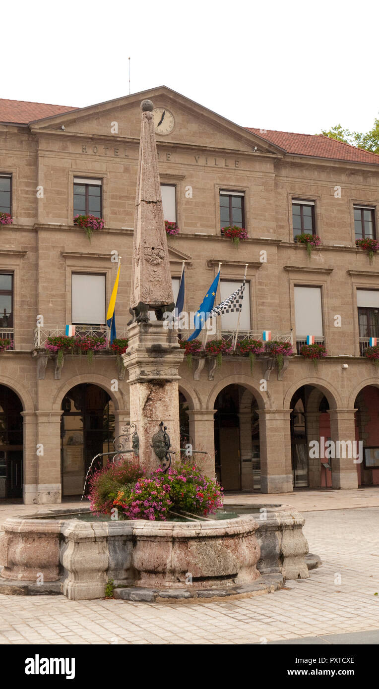 Hotel de Ville or Town hall with obelisk & fountain (front) at Thonon-les-Bains in the Haute-Savoie department of France on the shores of Lake Geneva - Stock Image