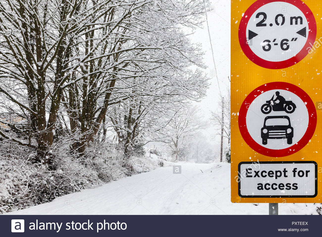 No motor vehicle Width Restriction Except  for Access - UK road signs Occupation Lane Keighley West Yorkshire England UK - Stock Image
