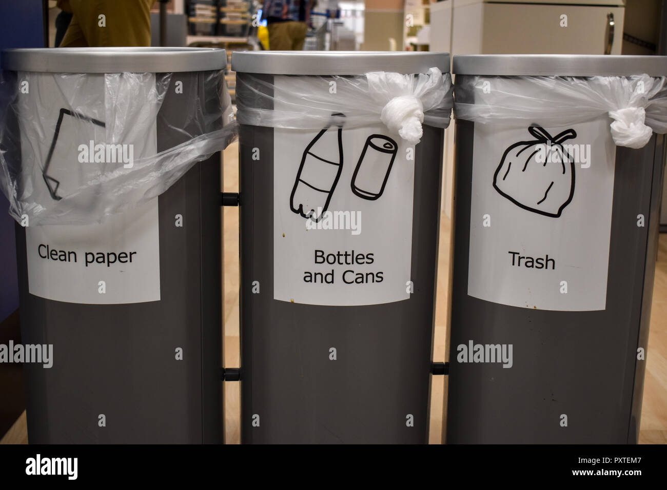 Trash cans with recycling - Stock Image