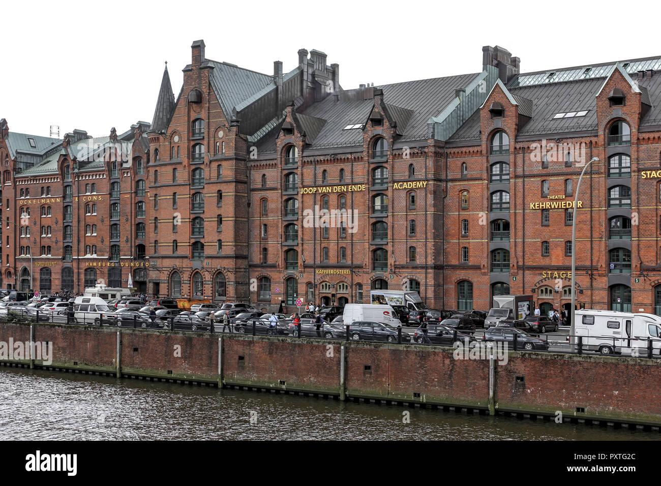 Deutschland, Hansestadt Hamburg, Backsteingebäude in der Speicherstadt, Germany, Hanseatic City Hamburg, Brick building in the Warehouse District, nor - Stock Image
