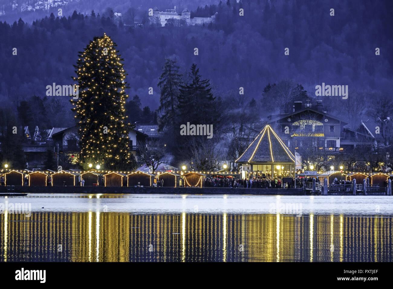 Deutschland Weihnachtsmarkt.Weihnachtsmarkt In Rottach Egern Am Tegernsee Bayern Deutschland