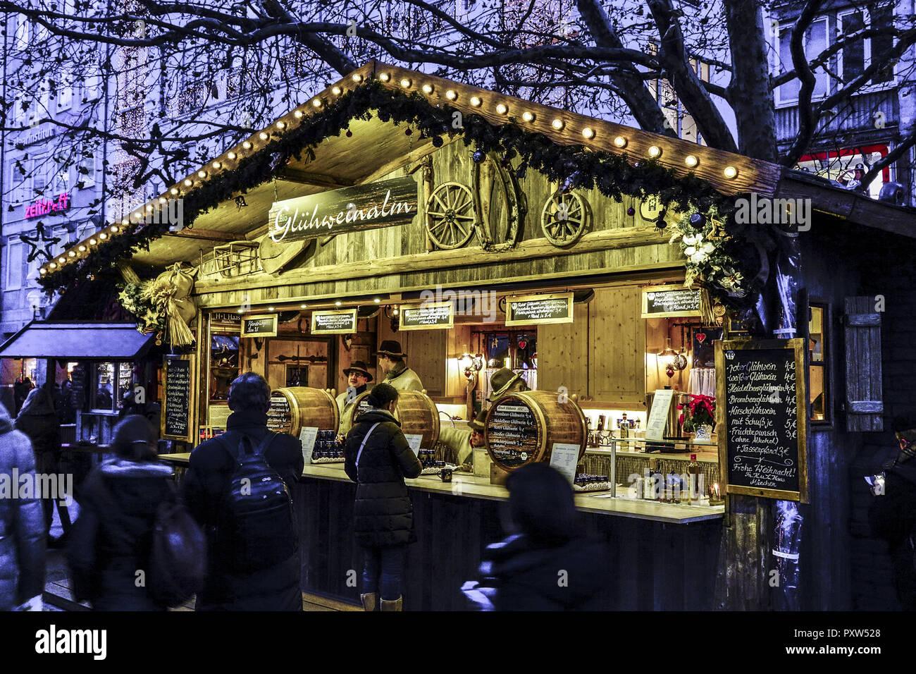 Weihnachtsmarkt L.Weihnachtsmarkt In München Bayern Deutschland Christmas Market In