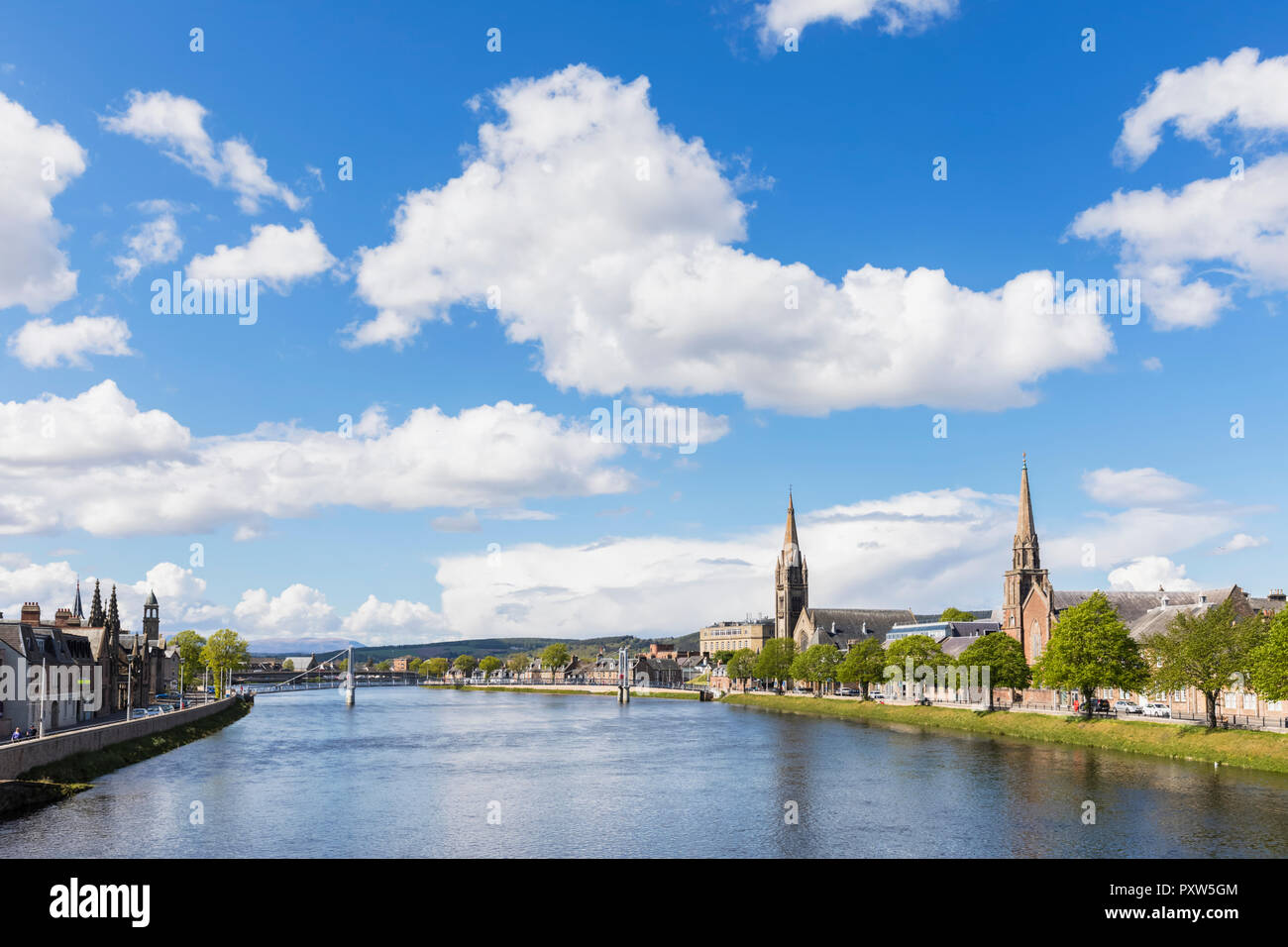 UK, Scotland, Inverness, cityscape with Greig St Bridge, Huntly Street, River Ness, Old High Church, Free Church of Scotland and Bank Street - Stock Image