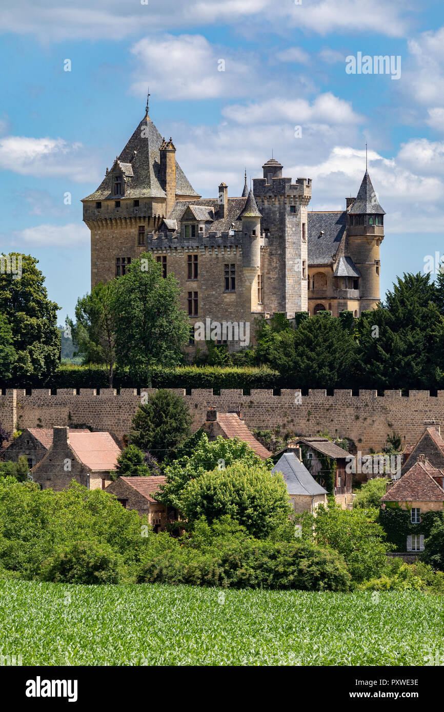Chateau de Montfort - a castle in the French commune of Vitrac in the Dordogne region of France Stock Photo