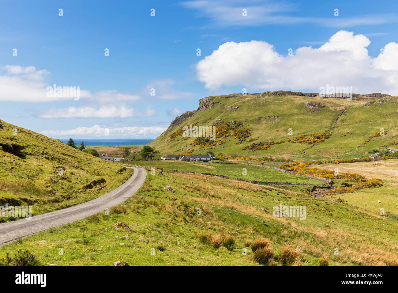UK, Scotland, Inner Hebrides, Isle of Skye, road to Talisker Bay - Stock Image