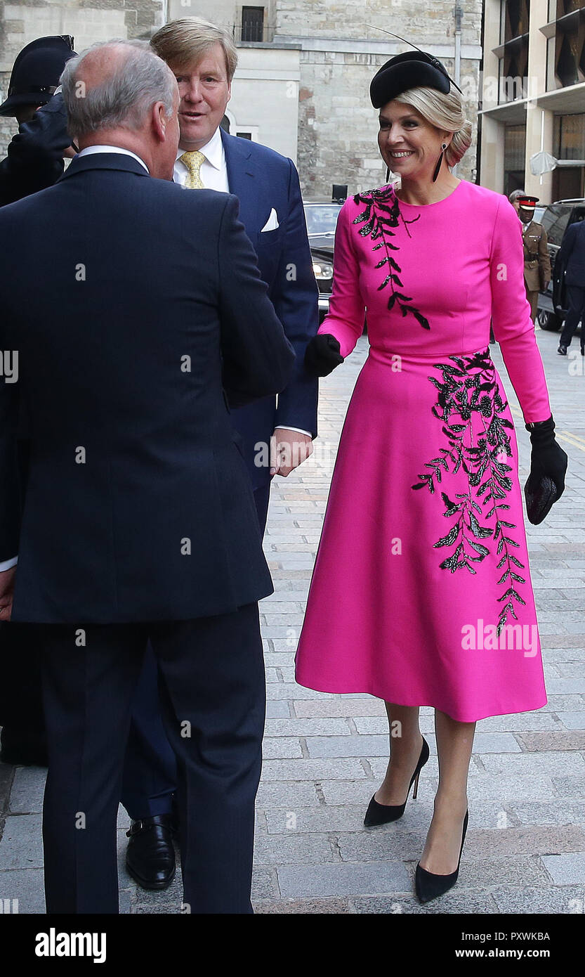 King Willem-Alexander and Queen Maxima of the Netherlands are greeted by the Lord Mayor of London Charles Bowman as they attend the UK-Netherlands Innovation Showcase at Mansion House in London on the second day of his State Visit to the UK. - Stock Image