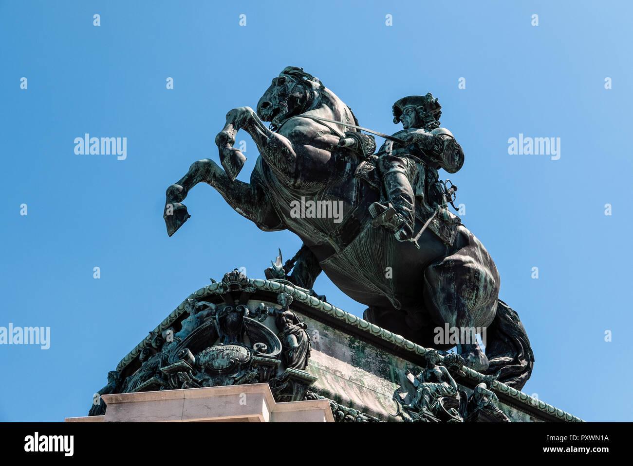 Price Eugene of Savoy (1663-1736) on his war stallion at Heldeplatz, Hofburg comissioned by Kaiser Frantz Joseph and finished 1865. - Stock Image