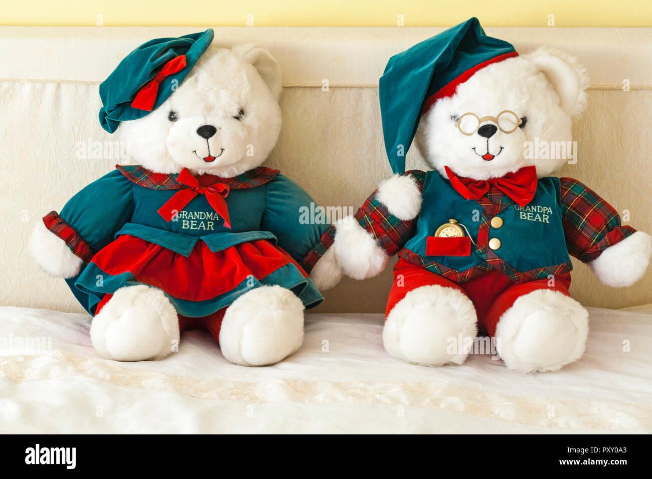 Teddy Bears - Grandparents Limited Edition by DanDee - Grandma Bear and Grandpa Bear teddy bears teddies soft cuddly toys Stock Photo