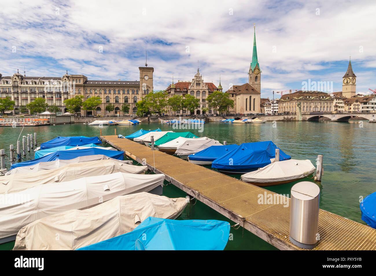 Zurich Switzerland, city skyline at Fraumunster Church and Munster Bridge - Stock Image