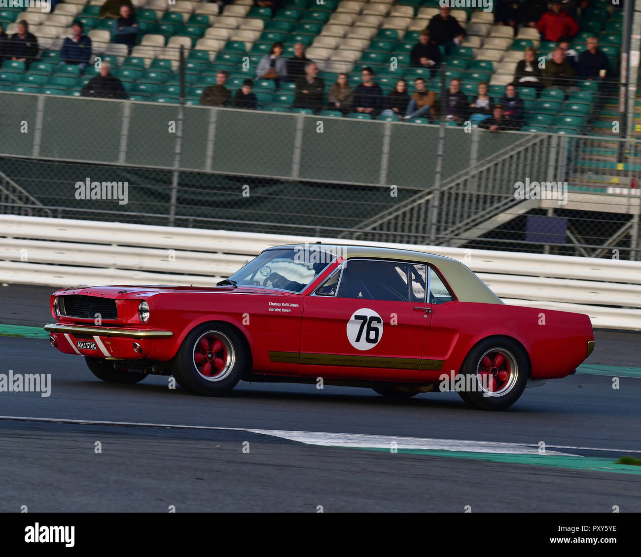 Geraint Owen, Ford Mustang, HSCC, HRSR, Historic Touring Cars, Silverstone Finals Historic Race Meeting, Silverstone, October 2018, cars, Classic Raci - Stock Image