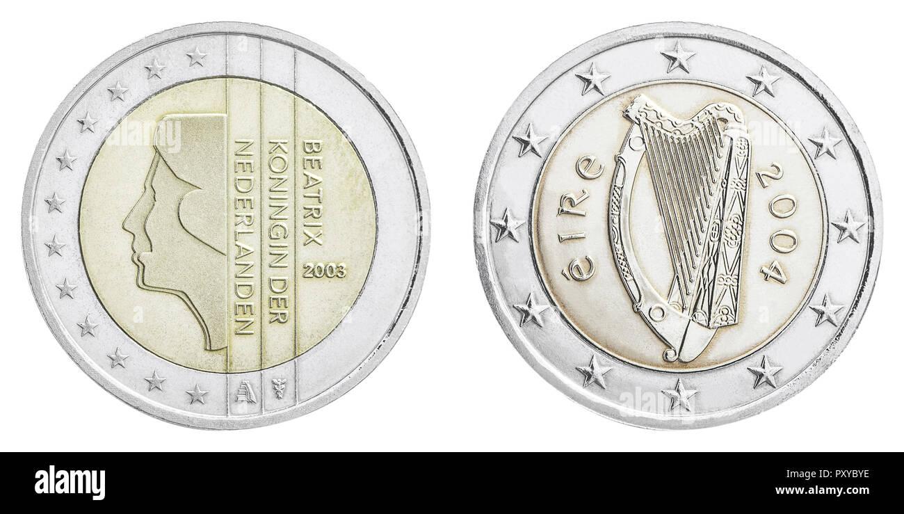 2 Euro Muenzen Niederlande Und Irland Rueckseiten Stock Photo