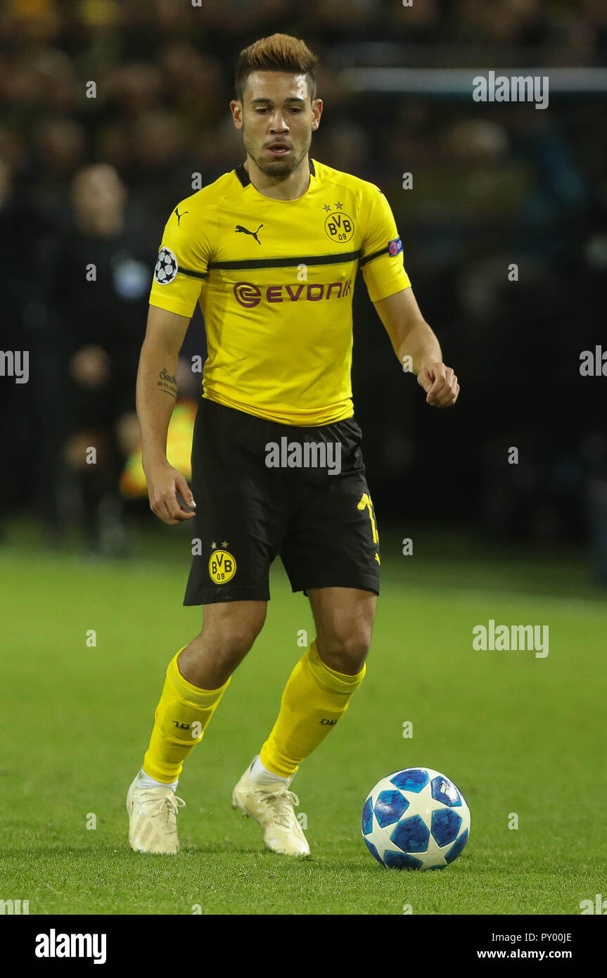 Dortmund, Germany. 24th October, 2018. Raphal Gueirrero (Borussia Dortmund)  during the UEFA Champions League, Group A football match between Borussia Dortmund and Atletico de Madrid on October 24, 2018 at Signal Iduna Park in Dortmund, Germany - Photo Laurent Lairys / DPPI Credit: Laurent Lairys/Agence Locevaphotos/Alamy Live News Stock Photo