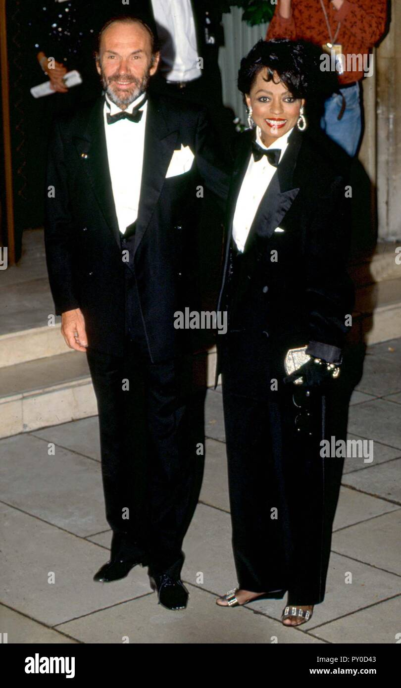 diana ross with ex husband arne naess the couple were married from 23rd october 1985 12th https www alamy com diana ross with ex husband arne naess the couple were married from 23rd october 1985 12th february 2000 and had two children together date mid 1990s ref lmk11 lib119 050505 credit landmark mediapunch image223130435 html