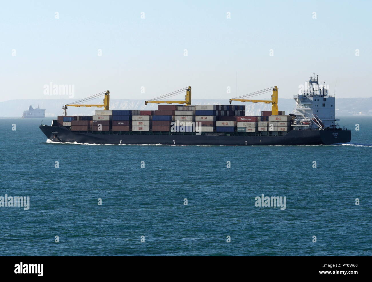 AJAXNETPHOTO. 2018. ENGLISH CHANNEL. - UNDER WAY - CONTAINER SHIP ARTABAZ HEADING WEST IN THE CHANNEL OFF THE DOVER COAST. PHOTO:JONATHAN EASTLAND/AJAX REF:GX8 182009 898 Stock Photo