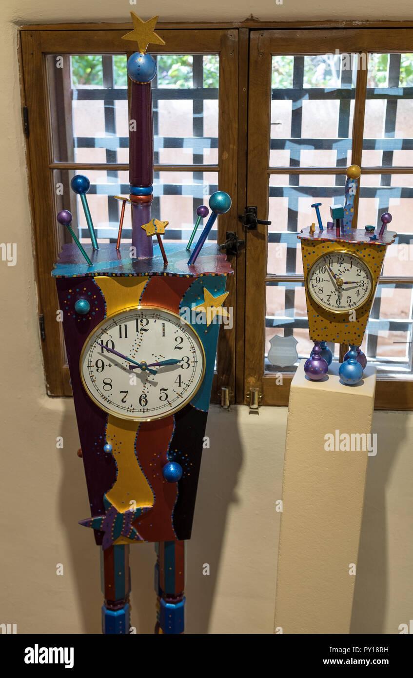 hand-built timepieces by Bennie Merideth aka, Wild Bill Tick Tock - Stock Image