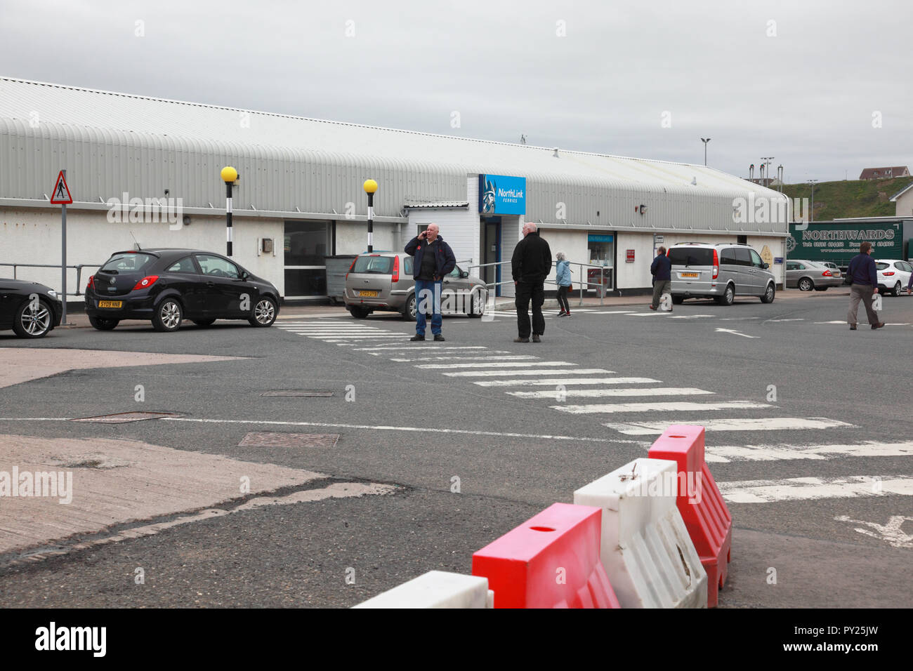 The café and terminal area at the harbour at Scrabster for passengers waiting to board the NorthLink car ferry to Orkney - Stock Image