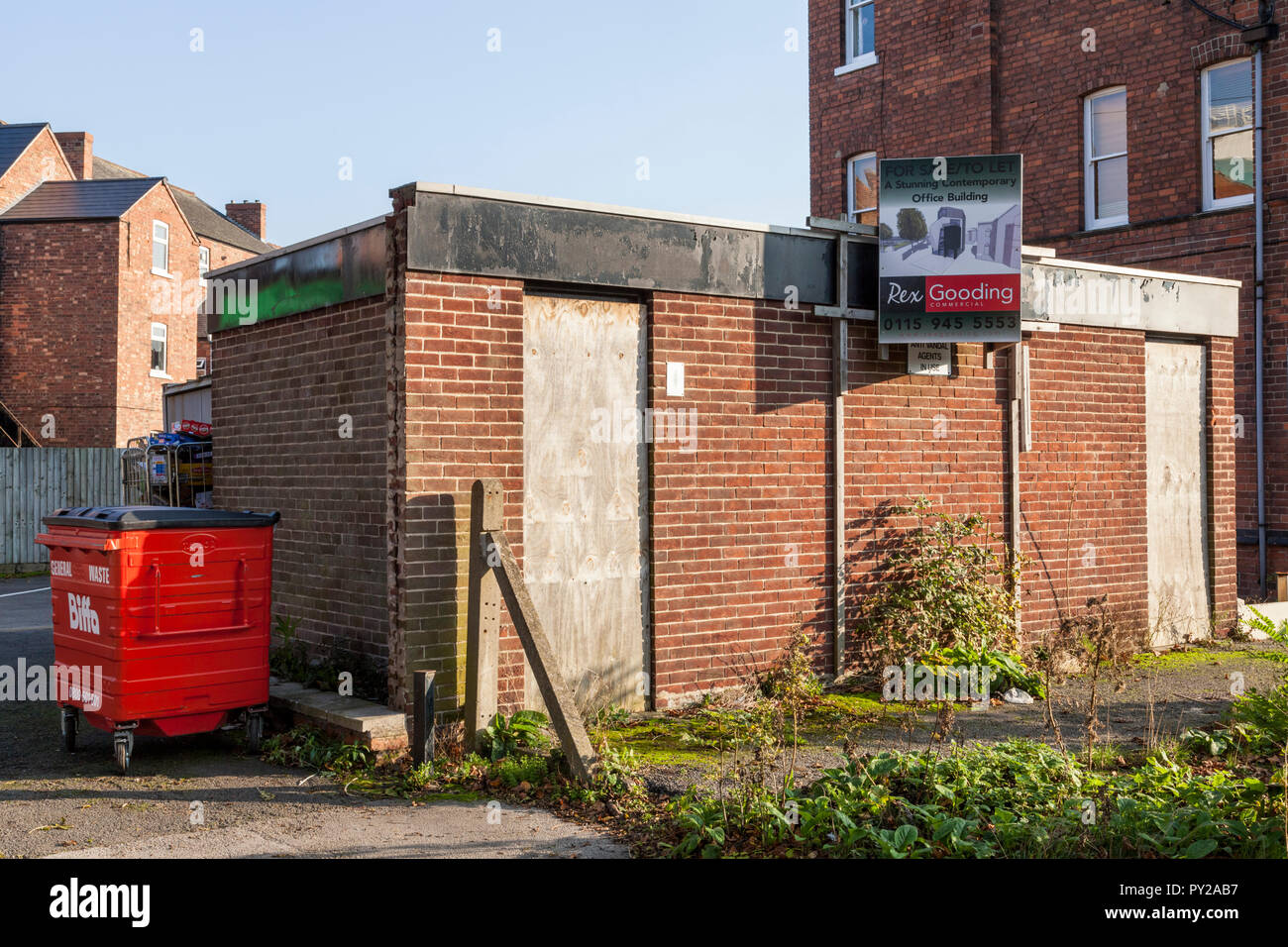 Former public toilets for sale or to let. Available for change of use as a 'stunning contemporary office building', Nottinghamshire, England, UK - Stock Image