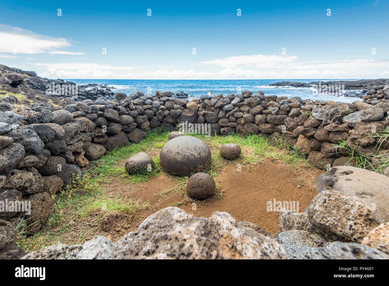 Te-Pito-Te-Henua the navel of the world - Stock Image