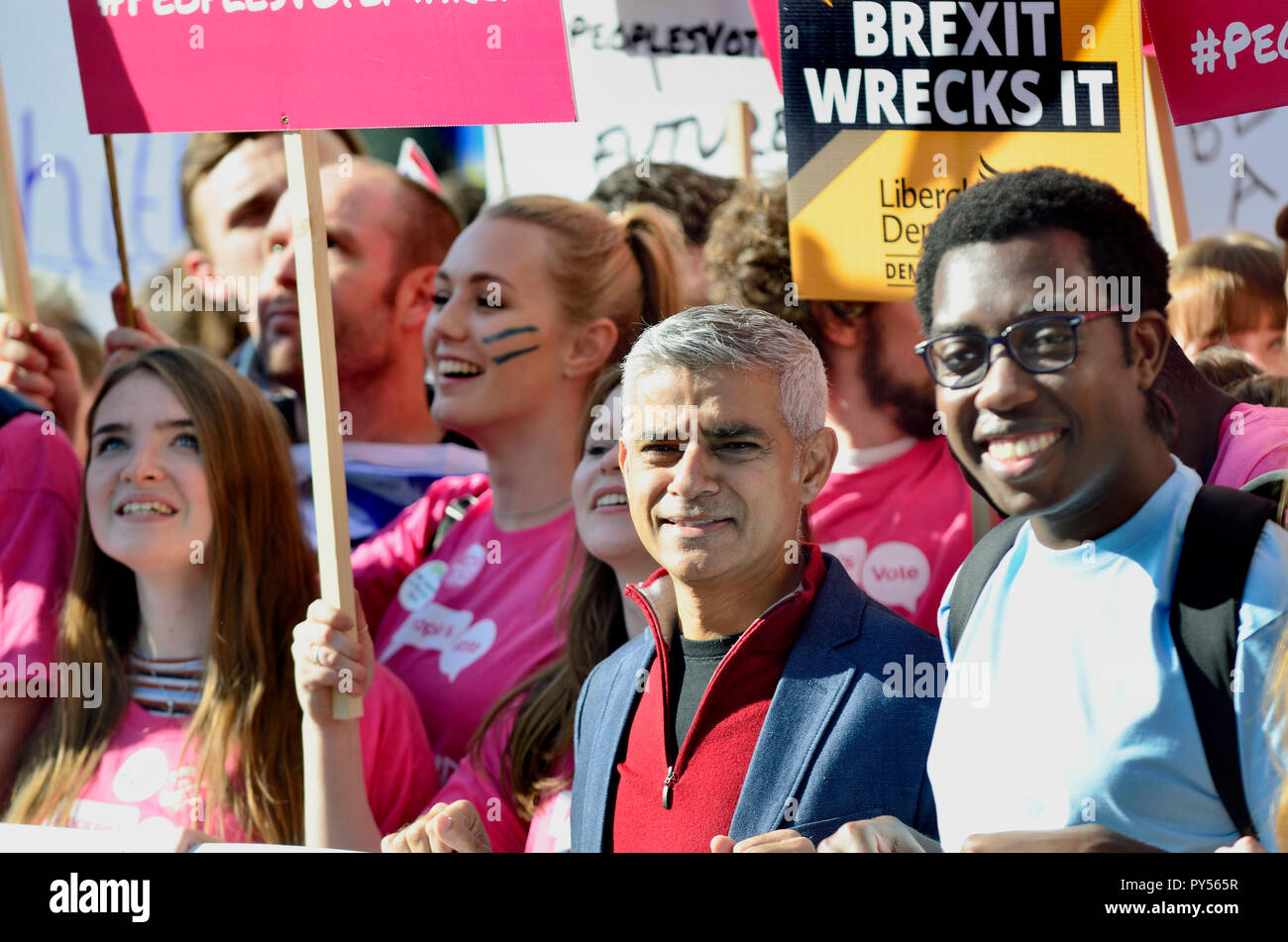 Sadiq Khan, Mayor of London, with Amatey Doku of the NUS at the start of the People's Vote March in support of a second Brexit referendum, London, 20t - Stock Image