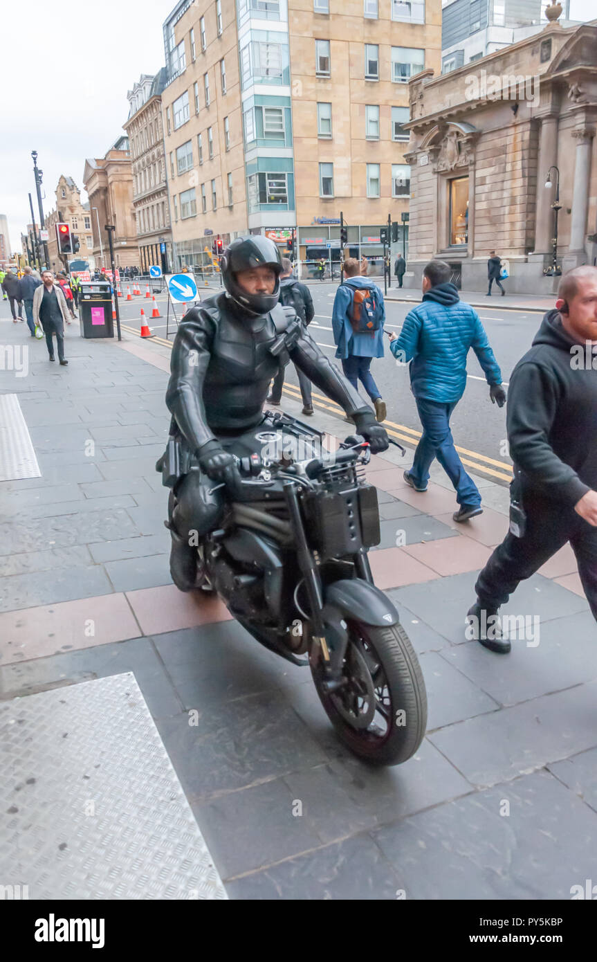 Glasgow, Scotland, UK. 25th October, 2018. On the streets of the City Centre filming of the blockbuster movie Hobbs & Shaw which is a spin-off of the car chase franchise Fast & Furious. Credit: Skully/Alamy Live News Stock Photo