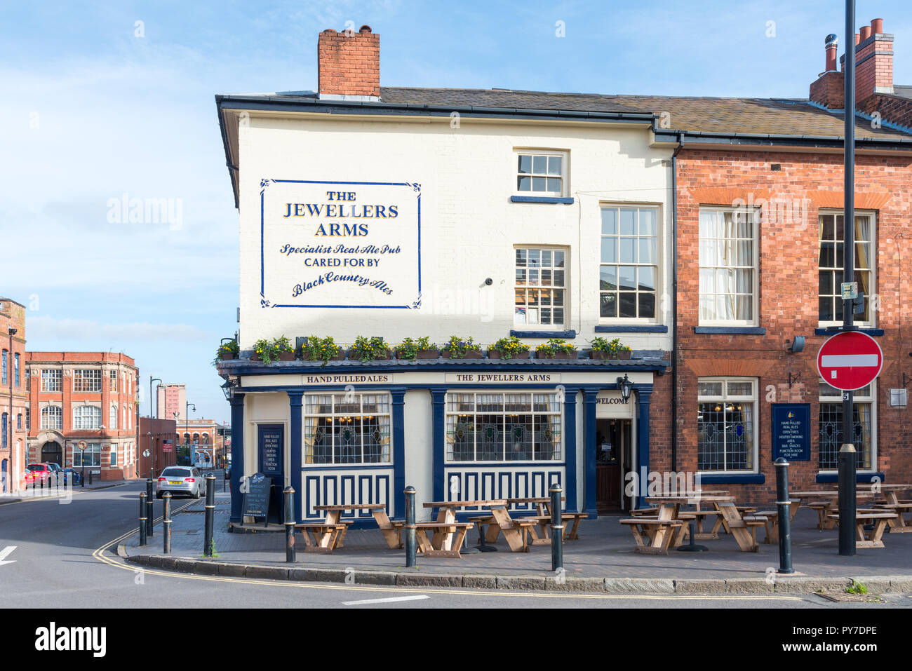 The Jewellers Arms Victorian pub in Hockley Street in Birmingham's Jewellery Quarter - Stock Image