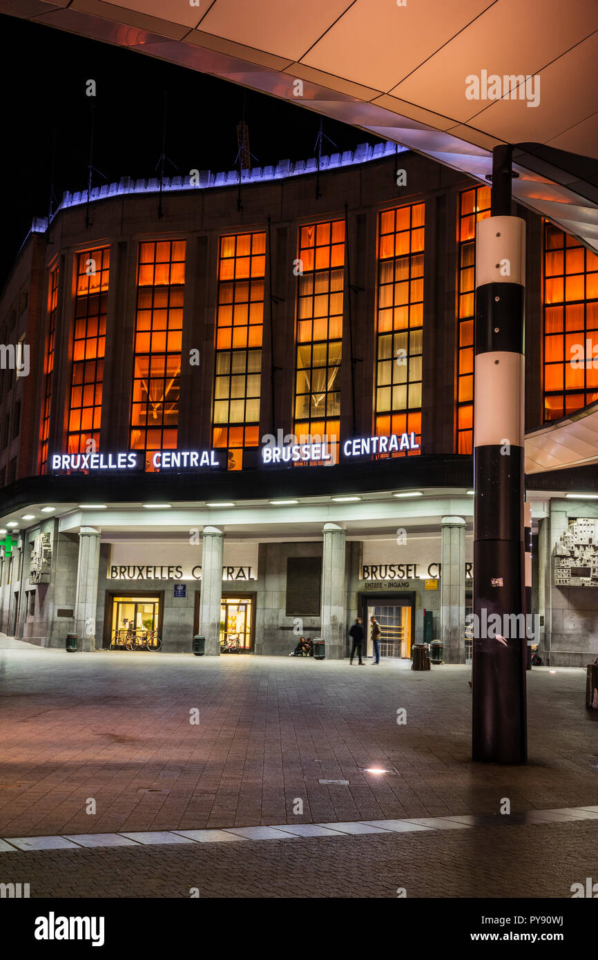 Brussel Central (gare centrale), Bruxelles central station in the night - Stock Image
