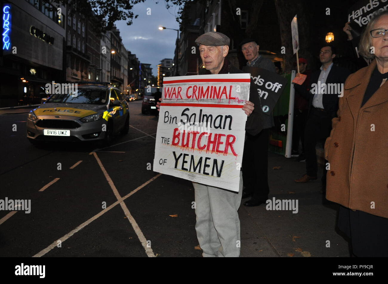London/UK. 25th October 2018.Demonstration outside Saudi Arabian Embassy, Stop the War Coalition supporters with placards: Bin Salman Butcher of Yemen - Stock Image