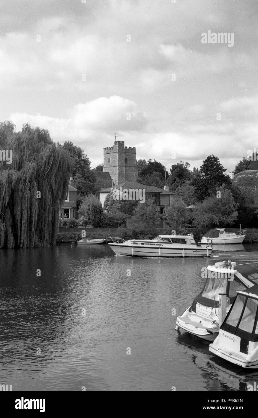 Cookham, Berkshire. United Kingdom.  General Views, Cookham High Street, John Lewis Heritage Centre and Odney Club. Ferry Hotel River Thames. Thursday - Stock Image