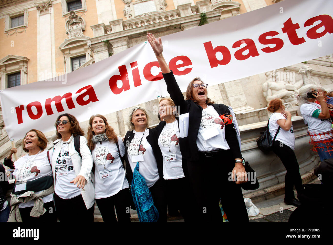 Rome, Italy. 27th Oct, 2018. Banner Rome says stop and the 6 women promoters of the demonstration Rome October 27th 2018. Campidoglio Square. Demonstration of roman citizens agains the mayor and against the deterioration and the huge problems that have been afflicting Rome during the last months, like garbage, carelessness and huge and dangerous holes in the streets. The sit-in was organized by 6 women that created the movement 'Rome says Stop'. Foto Samantha Zucchi Insidefoto Credit: insidefoto srl/Alamy Live News - Stock Image