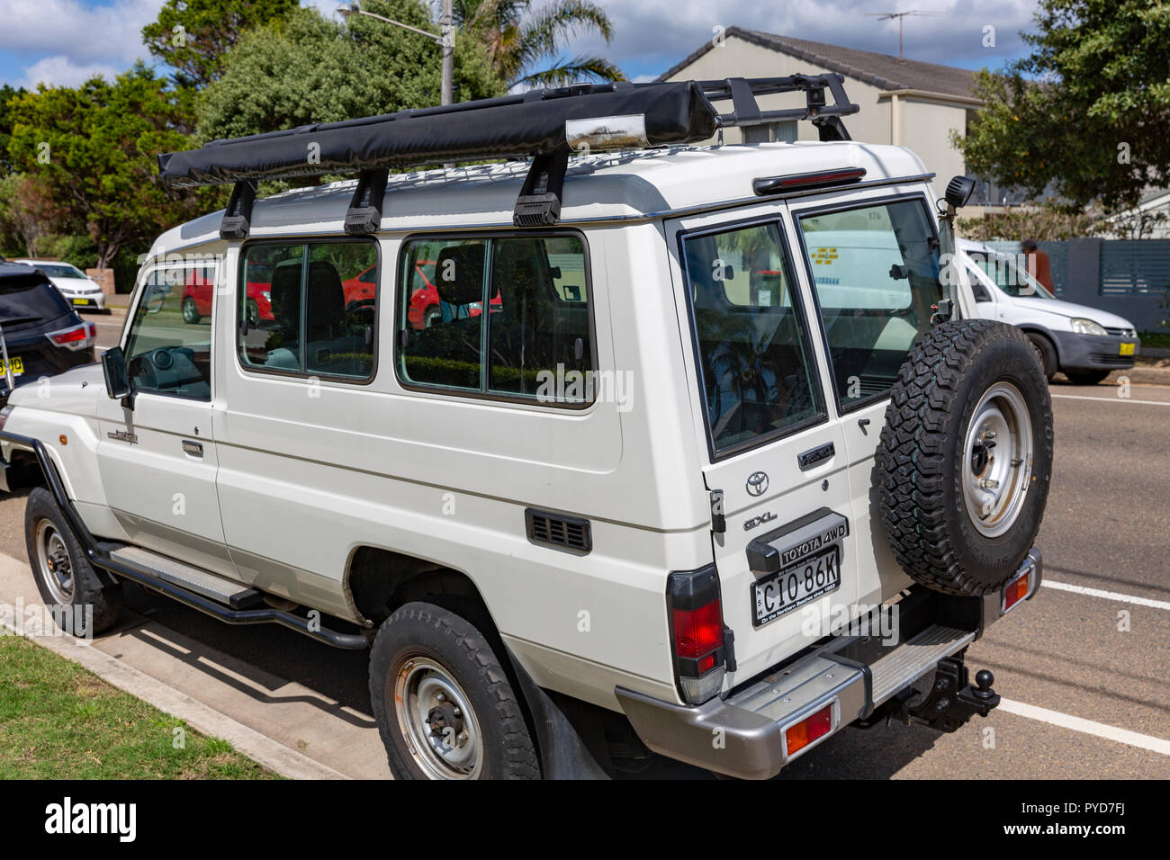 Off Road Wagon >> Toyota Landcruiser Wagon 76 Overlanding And Offroad Vehicle