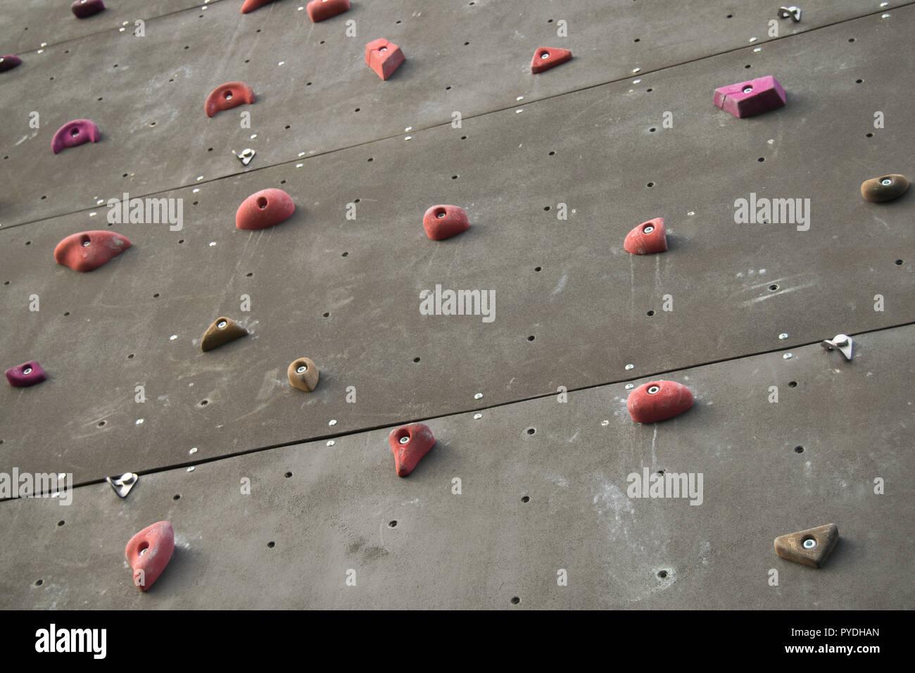 Outdroo Climbing wall in parque desportivo da rodovia, Braga city of Portugal - Stock Image