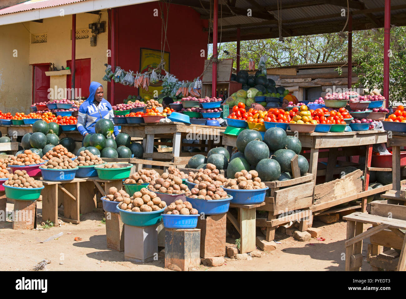 Street Vendor,  Street Vendors, Roadside Fruit and Vegetable Market,, Ankole region, Uganda, East Africa - Stock Image