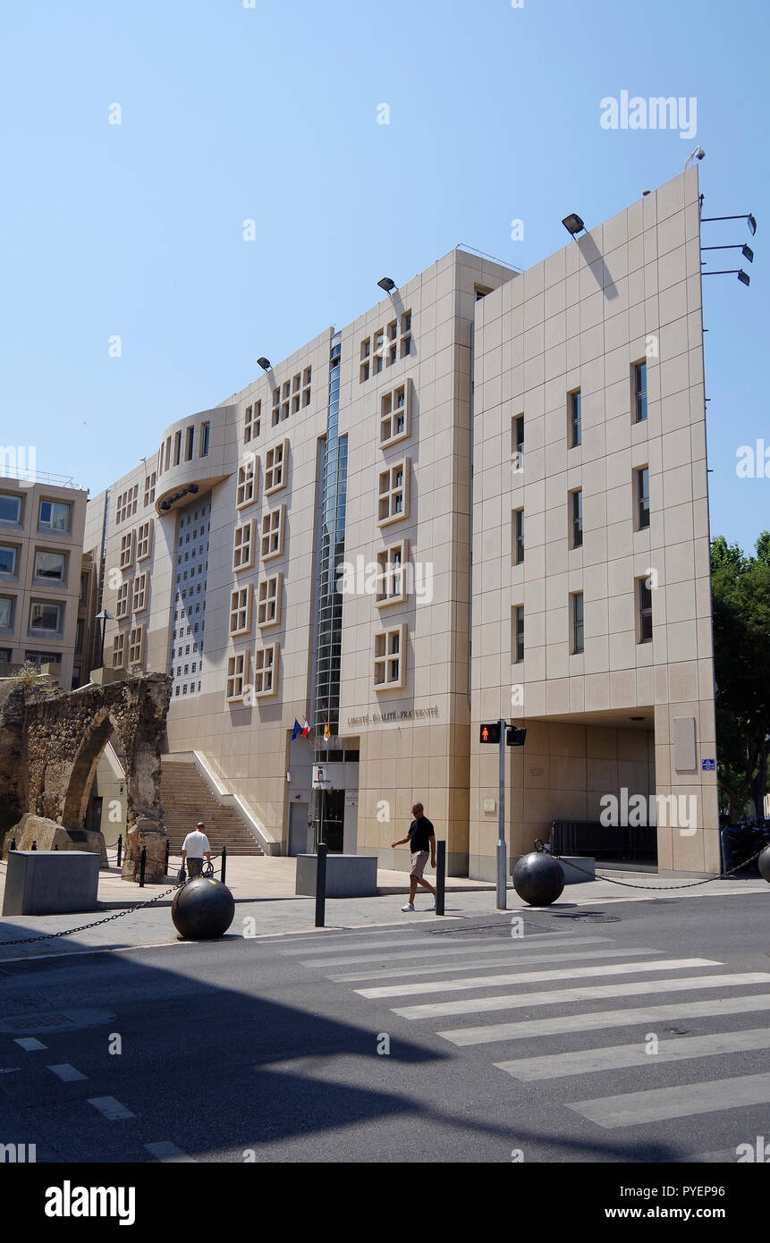 The new wing, of 1987, of the Regional parliament of the Provence Alpes Cote d'Azur Regional council in Marseille Stock Photo
