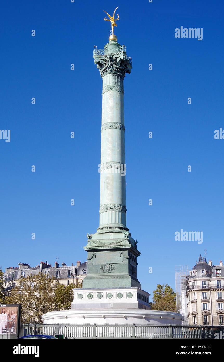 The Colonne de Juillet, July Column, commemorating the 1830 revolution, built on the site of the former Bastille prison, destroyed  in the revolution - Stock Image