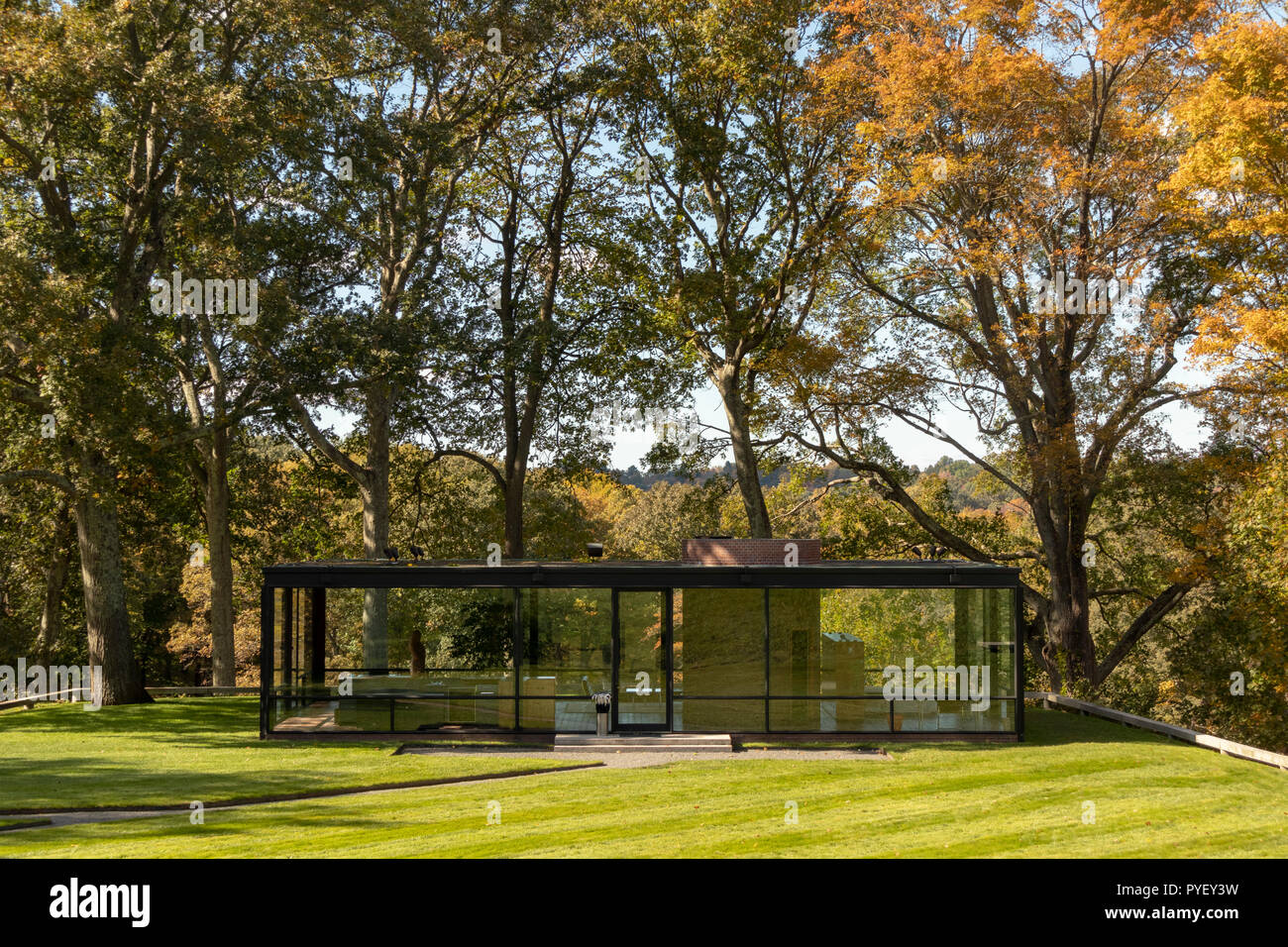 Philip Johnson Glass House the glass house, or johnson house, built in 1949, is now a