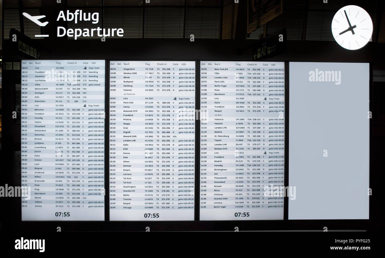Vienna Airport Stock Photos Vienna Airport Stock Images Alamy
