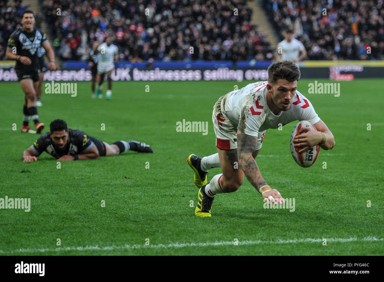 Hull, UK, 27 10 2018. 27 October 2018. KCOM Stadium, Hull, England; Rugby League Dacia International, England vs New Zealand; England's Oliver Gildart scores the match winner in a close encounter with New Zealand.  Photo:Dean Williams Credit: Dean Williams/Alamy Live News Stock Photo