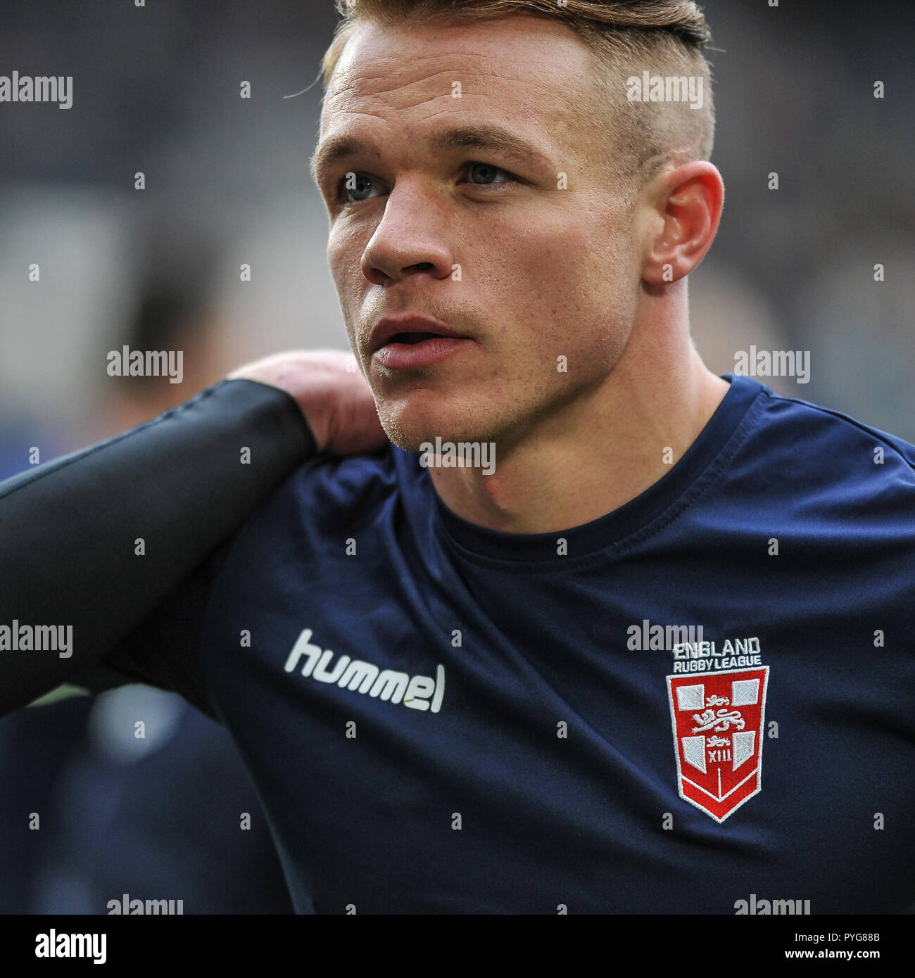Hull, UK, 27 October 2018. KCOM Stadium, Hull, England; Rugby League Dacia International, England vs New Zealand; Tommy Makinson during warm up.  Photo:Dean Williams Credit: Dean Williams/Alamy Live News Stock Photo