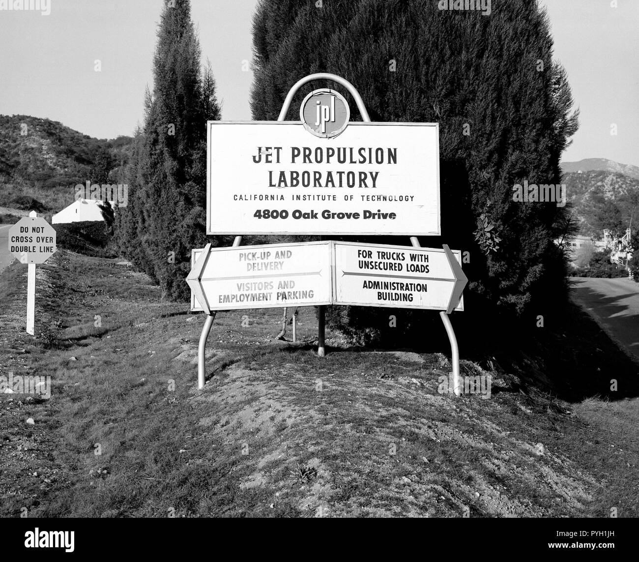 This archival picture shows what greeted visitors to the Jet Propulsion Laboratory in December 1957, before NASA was created and the lab became one of its centers. - Stock Image