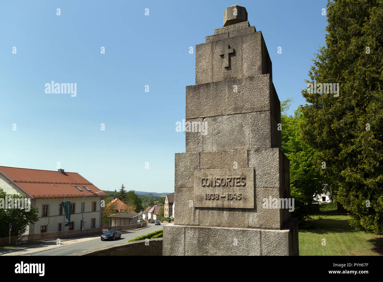 Bavaria, Germany - Honorary cemetery for 121 victims of National Socialist tyranny died shortly after liberation in 1945 - Stock Image